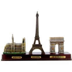 Trois monuments sur base bois